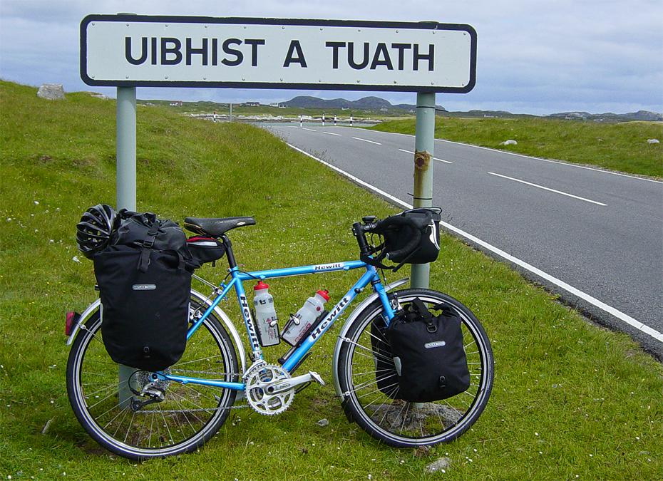192  William - Touring Scotland - Hewitt Cheviot 26 touring bike