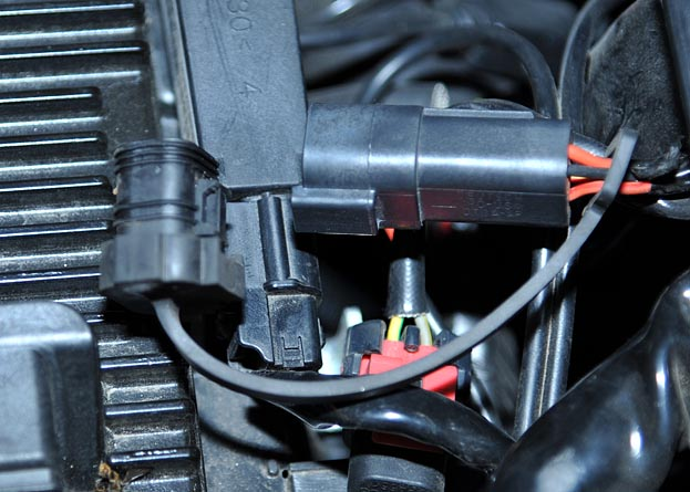 Unknown connector.jpg