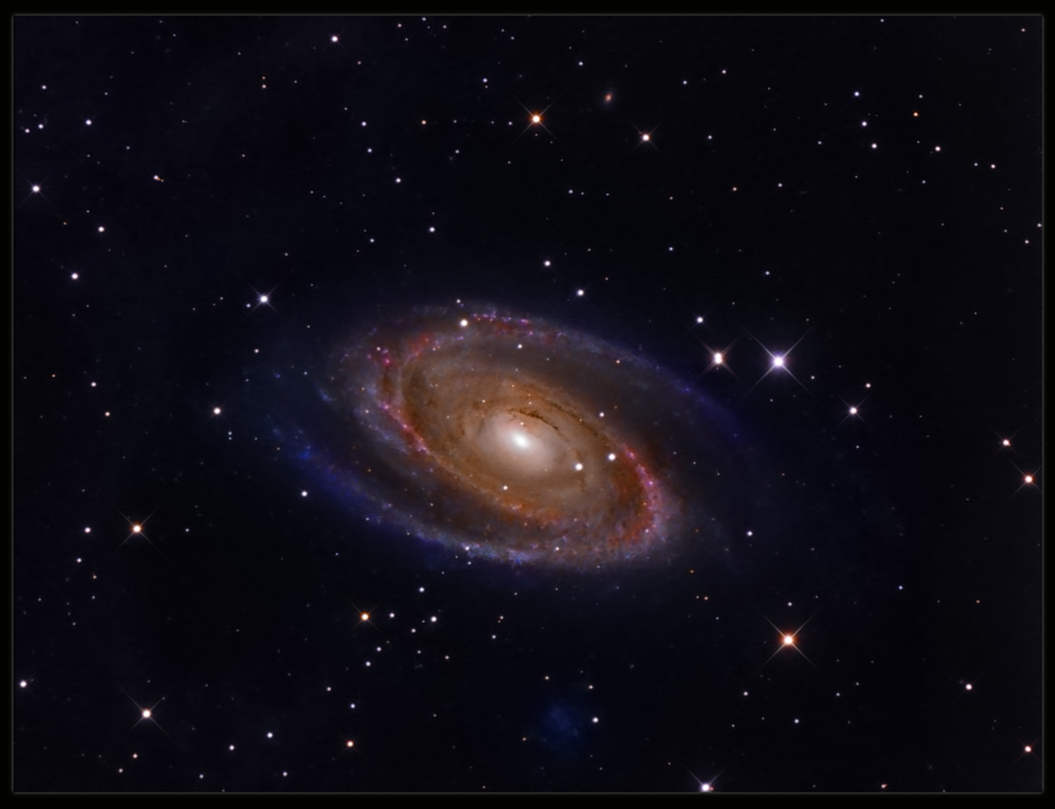 Messier 81 closeup