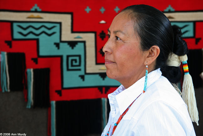 TahNibaa Naataanii, Navajo