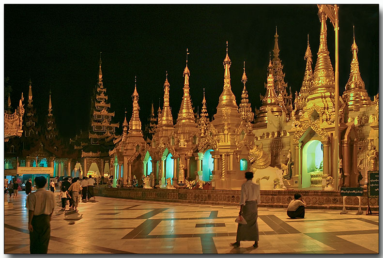 Displays around the Shwedagon Pagoda