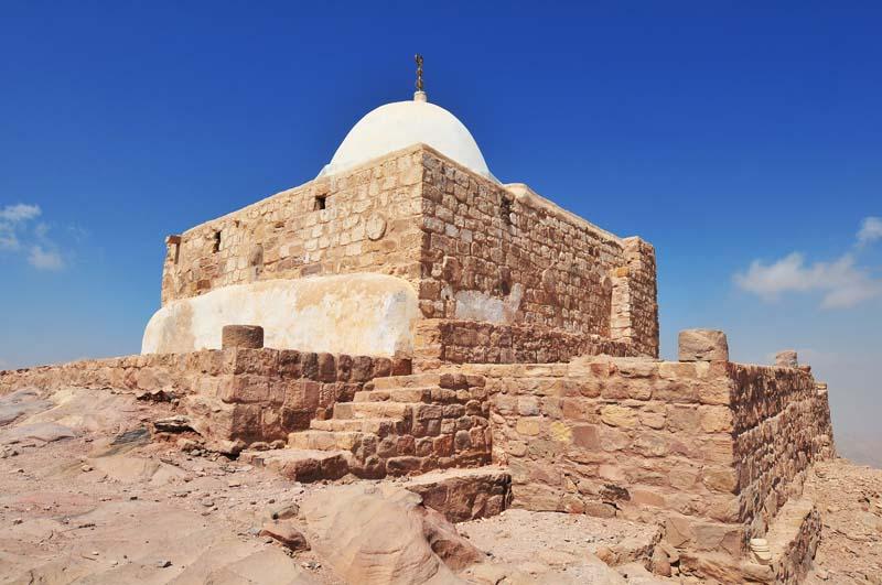 0357 Arons Tomb.jpg