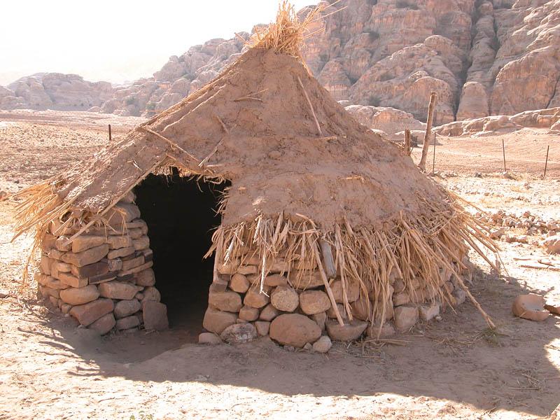 0173 Stone-age settlement near Petra.jpg