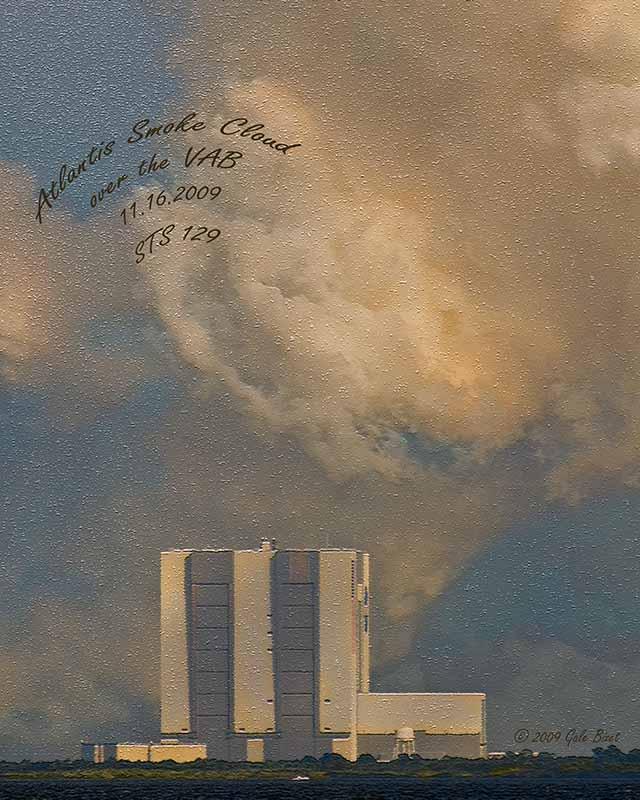 Atlantis smoke cloud NT 3572.jpg