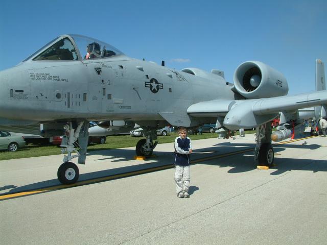 Nathan Ellis, A-10 Springfield, IL Airshow Mar 05