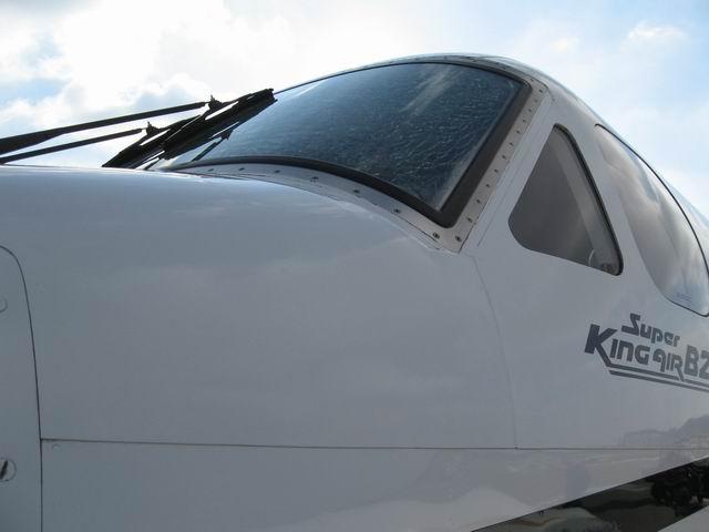 KIngair2-06 010-small.JPG