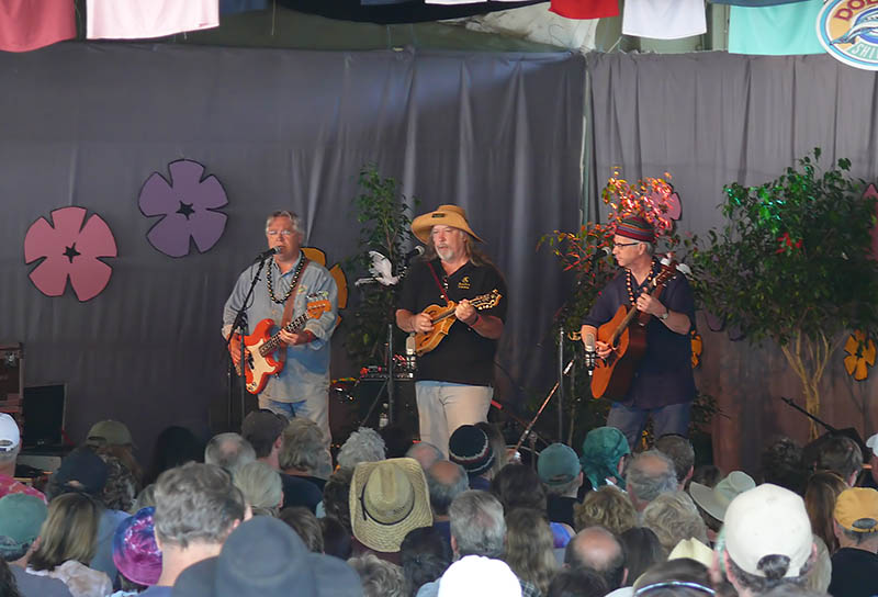 The Cache Valley Drifters brought a crowd to Hotlicks