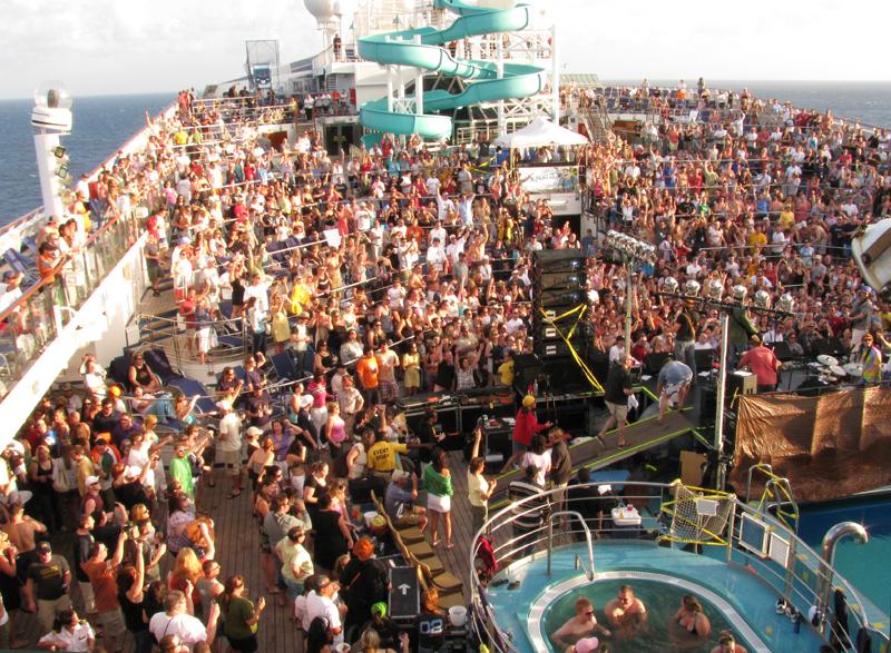 Rasta Hazel show on Lido. as seen from the Sun deck,