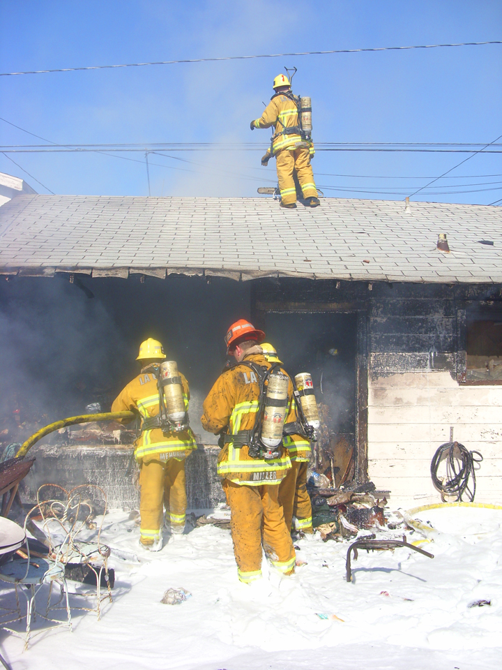 Lawndale Command 4100 164th St 032a.jpg