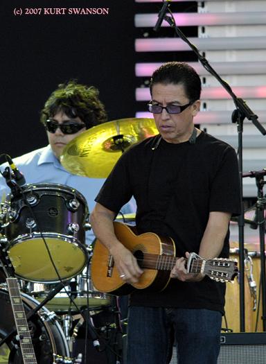 LOUIE PEREZ