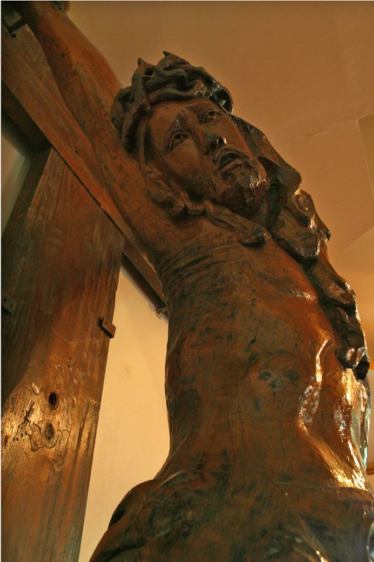 This 50 yr old locally carved statue of Jesus was discarded for new Euro mass-produced model
