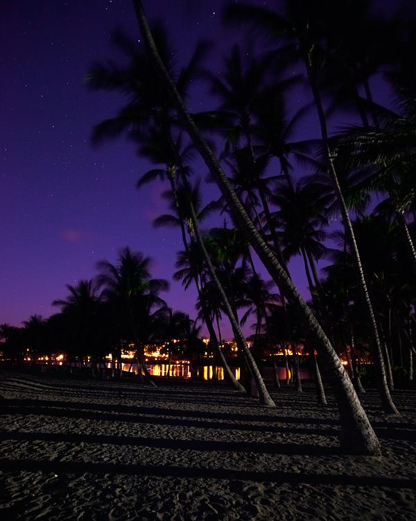 Night scene at Anaehoomalu Beach