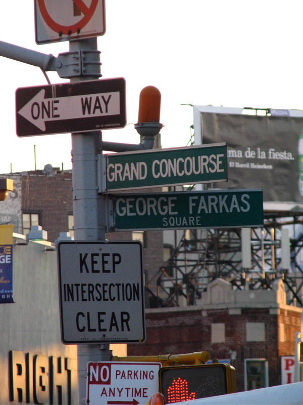 farkas started alexanders,  COPYRIGHT PAT MORGAN 2007lexanders on fordham road