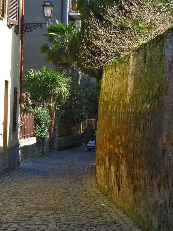 Little street<br />8885