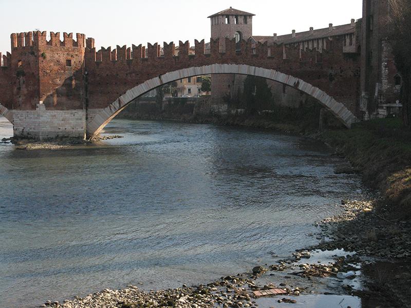 Ponte Scaligero over the Adige 0190