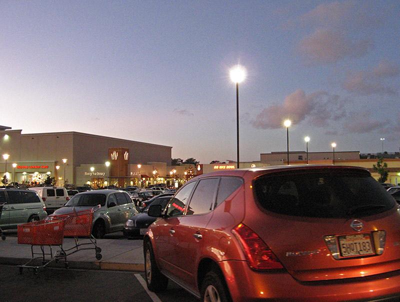 Parking lot scene<br />4675