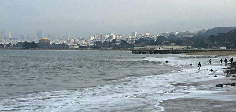 The beach looking toward the city<br />4752