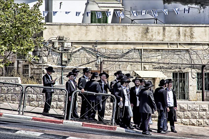 Group of Yeshiva Students in Jerusalem.jpg