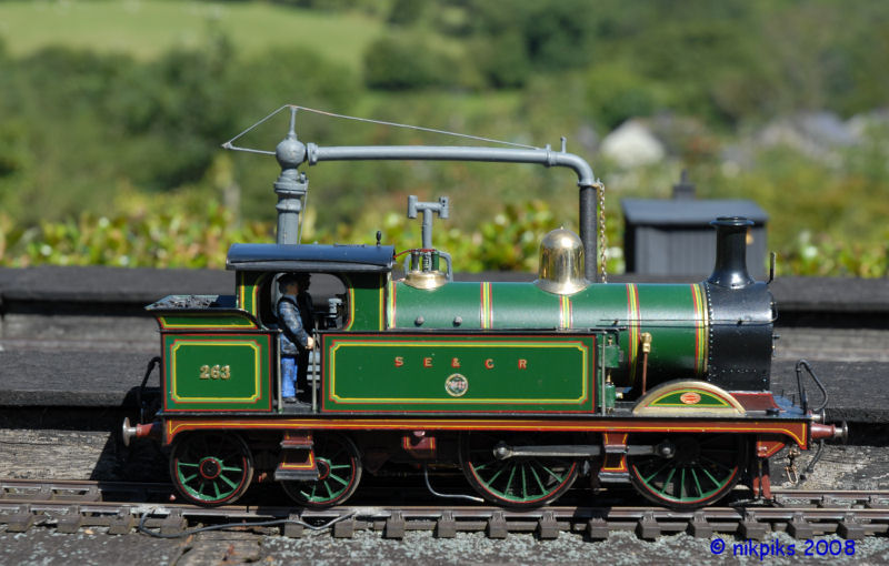 A model of an engine of the South Eastern and Chatham Railway - 263