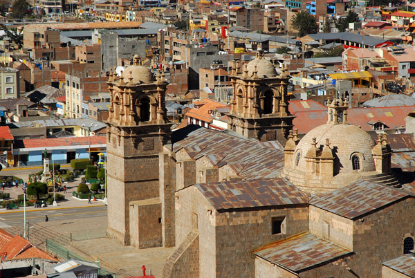 Cathedral of Puno and Plaza de Armas from Huajsapata Park