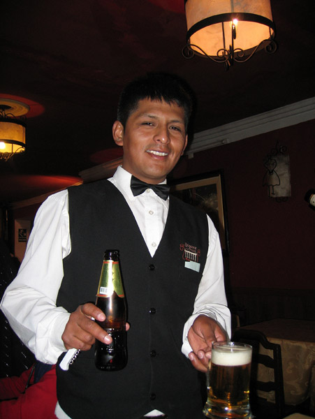 Waiter, Balcones de Puno