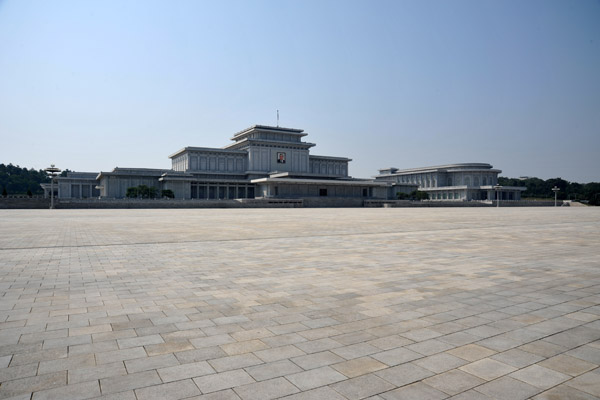 Kumsusan Memorial Palace - the Supreme Temple of the Worship of Kim Il Sung