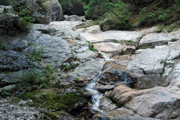 Stream along the Sangwon Hermitage trail