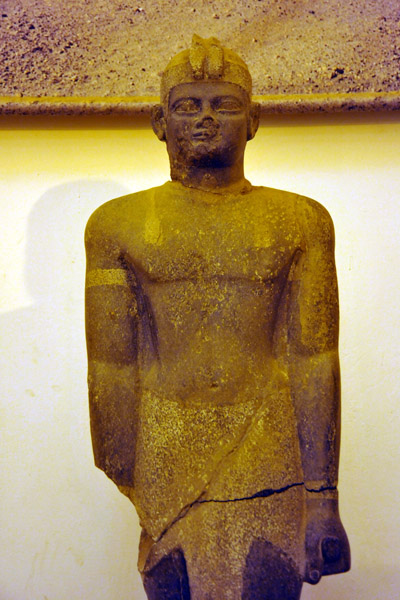 Large sculpture found at Nuri