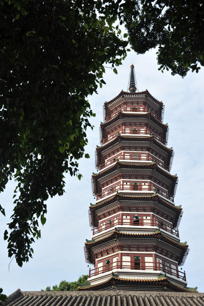 Flowery Pagoda, Temple of the Six Banyan Trees