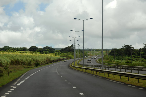 Cross-Island Highway (M2) from the airport to Port Louis