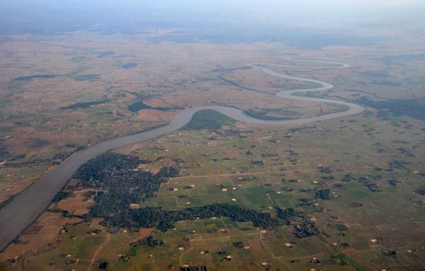 River between Dar Pein & Htongyi, outside Yangon