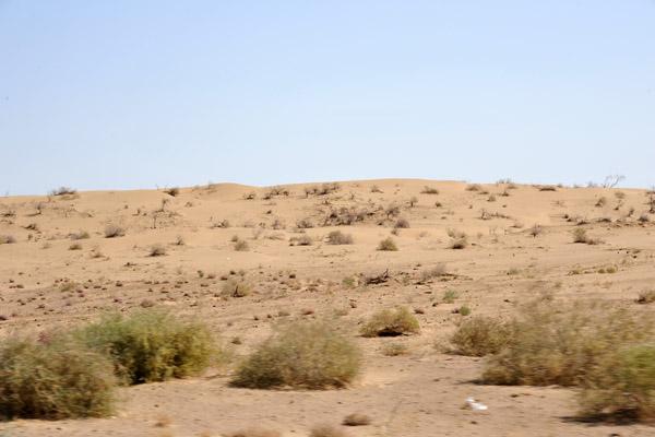 Crossing the Karakum Desert of Turkmenistan