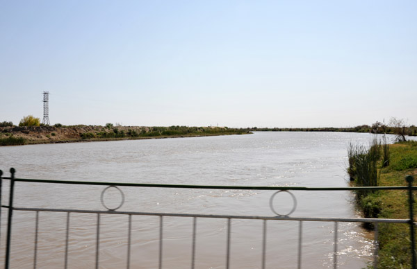 The 1375 km Qaradum Canal, built by the USSR 1954-1988, brings water from the Amu-Darya River to irrigate Turkmenistans cotton