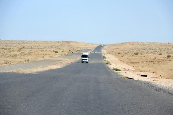 The M37 across the Karakum Desert, Turkmenistan