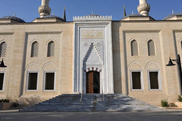 Northeastern façade of the Azadi Mosque