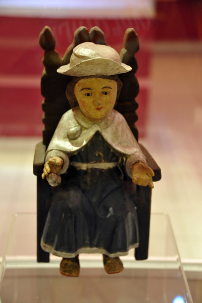 Atocha boy carved in polychrome wood