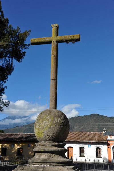 The cross in front of the Iglesia de Nuestra Señora de la Merced