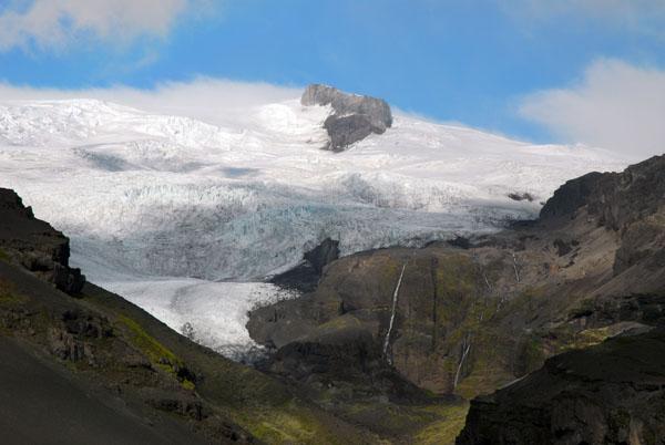 Branches of the Öræfajökull, itself part of the Vatnajökull