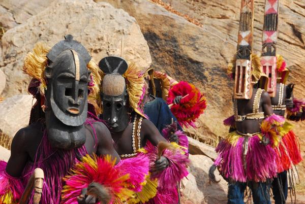 Dogon masks dancing together, Tereli