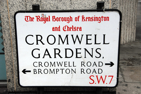 Royal Borough of Kensington and Chelsea - Cromwell Gardens SW7