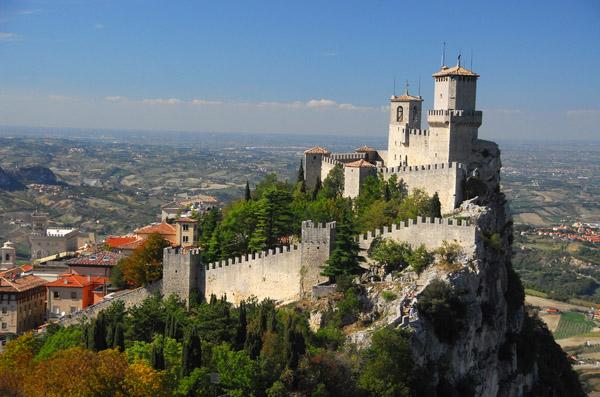 Mount Titano, Castello della Guaita, Prima Torre, La Rocche, San Marino