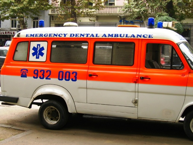 Dental Ambulance - ouch, that tooth hurts!