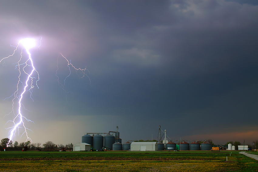 Lightning from the Hundley Whaley Farm