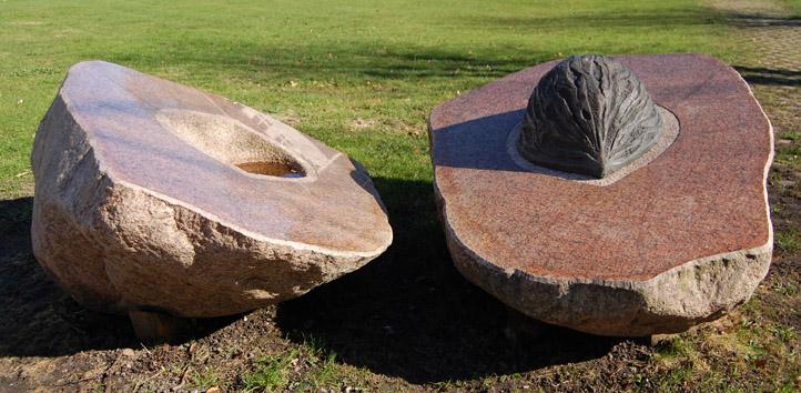 Skulptur af Thorvald Odgaard, Nibe, på Lundbæk landbrugsskole