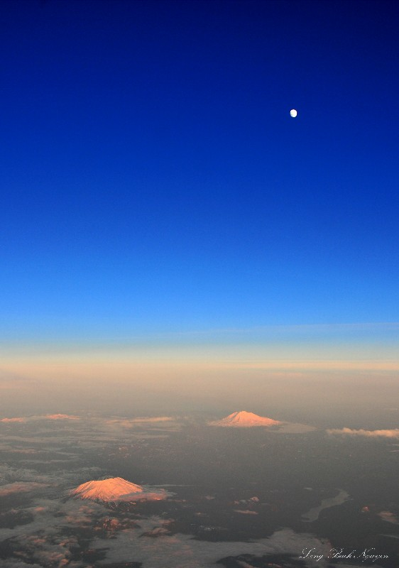 Mt St Helens and Adams at 43000 feet