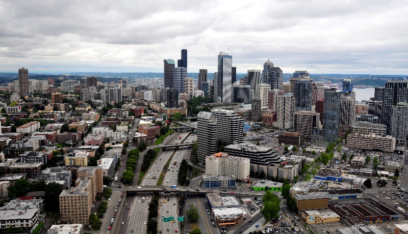 Seattle spilts by Interstate 5