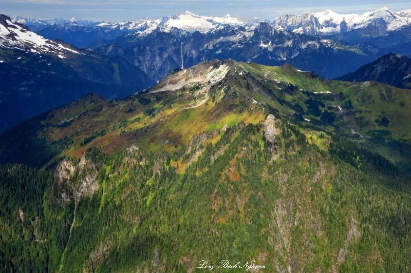 Fall in North Cascade Mountain