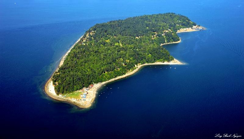 Hat Island aka Gedney Island