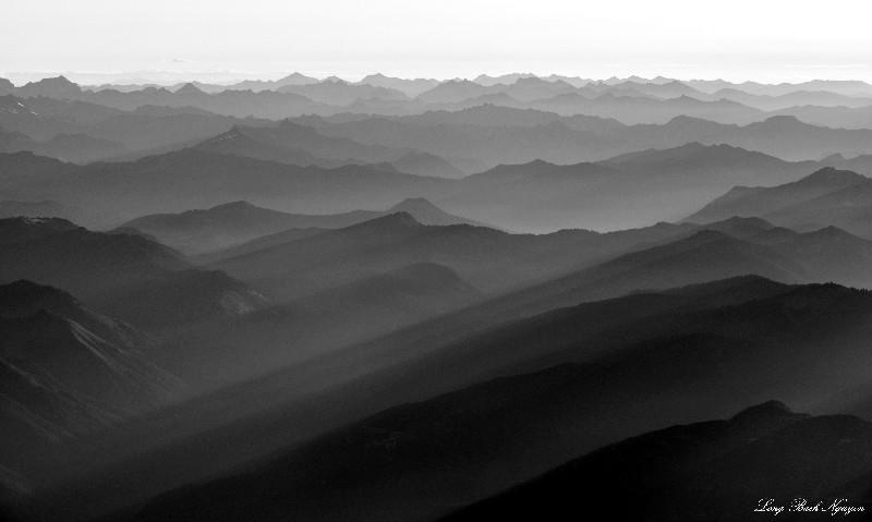 Wave of Cascade Mountains, Washington
