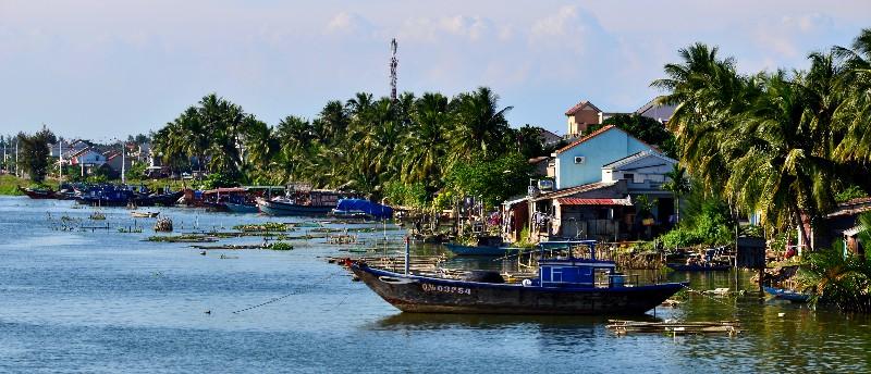 fishing boats and fish traps, De Vong River, Hoi An, Vietnam